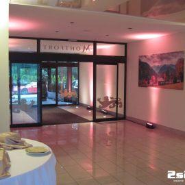 DJ na súkromnú rodinnú oslavu , dekoračné LED osvetlenie farba svetloružová, sála v hoteli Montfort Kolovrat v Tatranskej Javorine