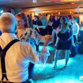 DJ a osvetlenie rodinná oslava 50tky v reštaurácii CinCin v Poprade